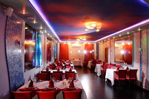 http://www.vodoley.su/restaurant/restaurant.jpg